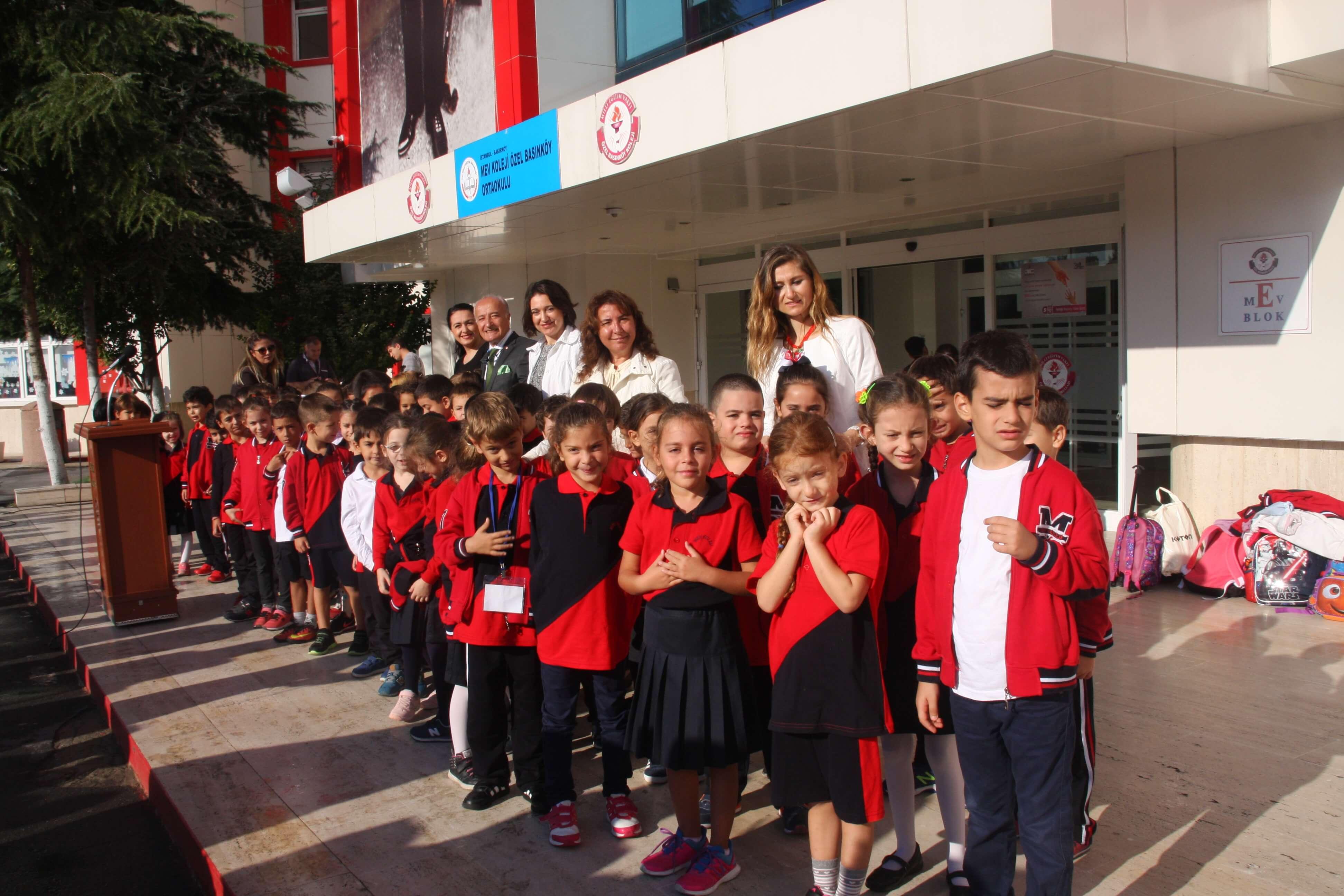 1. Sınıf Öğrencilerimiz İlköğretim Haftasını Kutladı