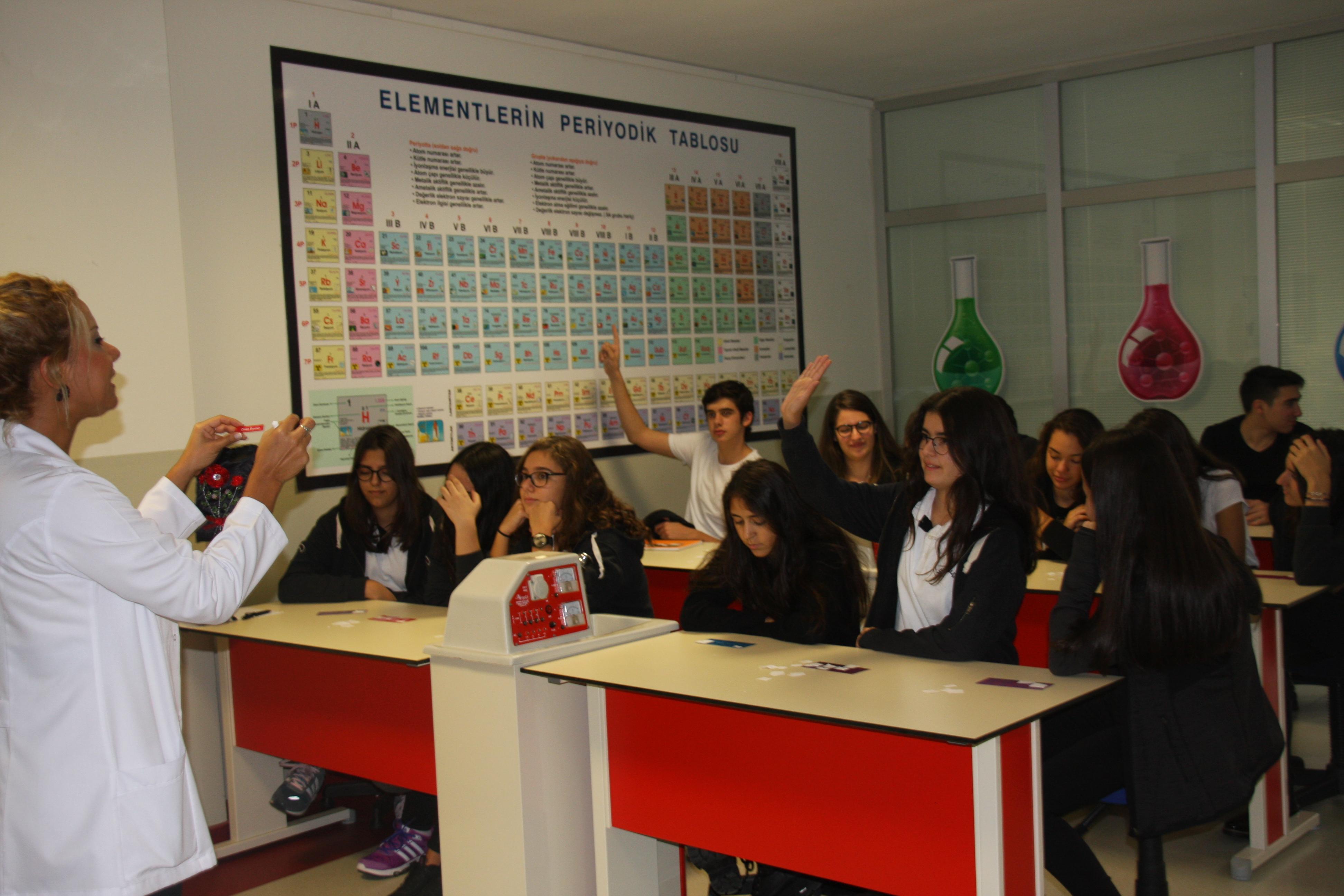 Öğrencilerimiz Tombala Oyunu ile Öğrendiklerini Pekiştirdiler