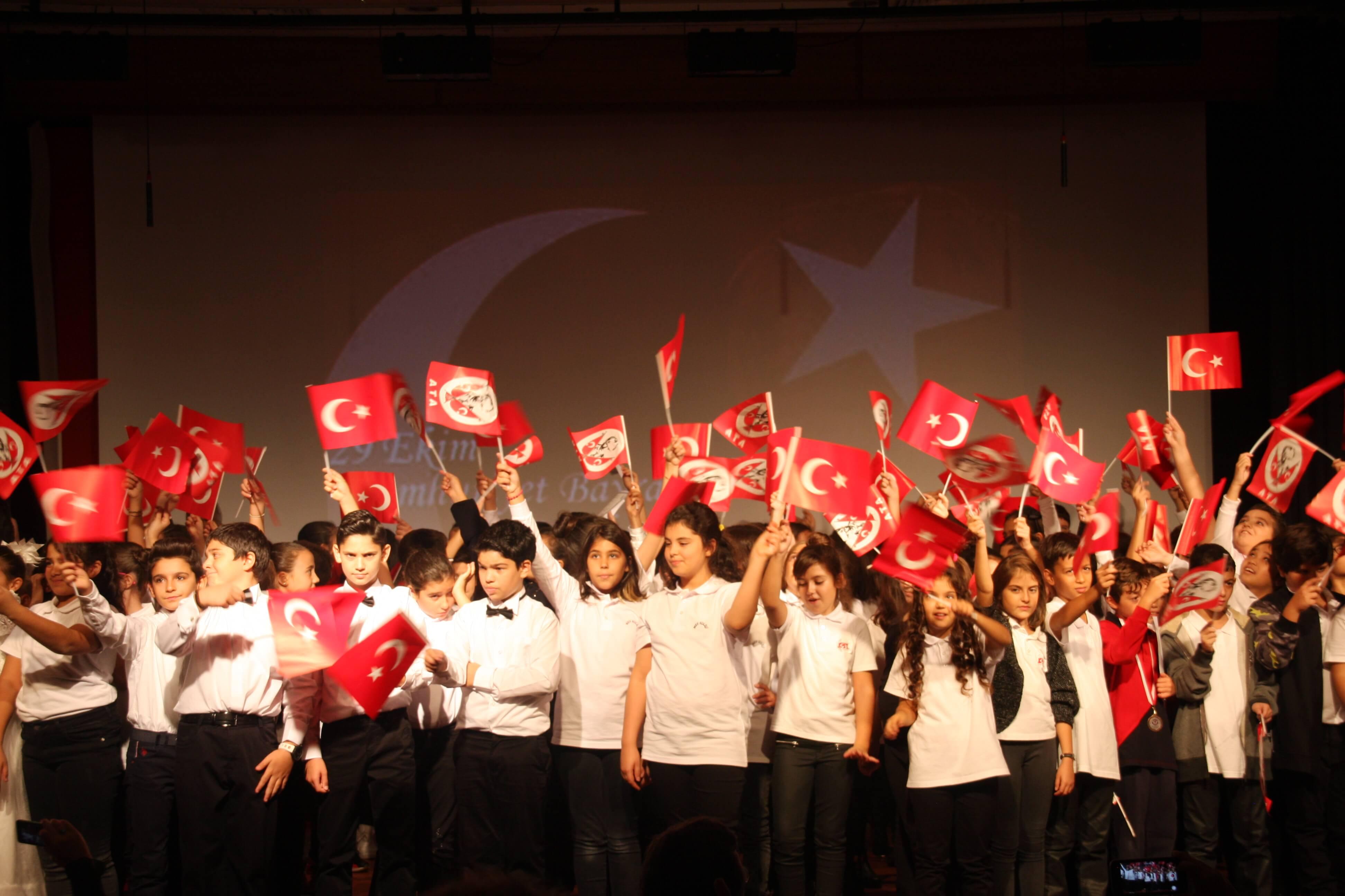 29 Ekim Cumhuriyet Bayramımızın 93. Yıldönümünü Coşkuyla Kutladık