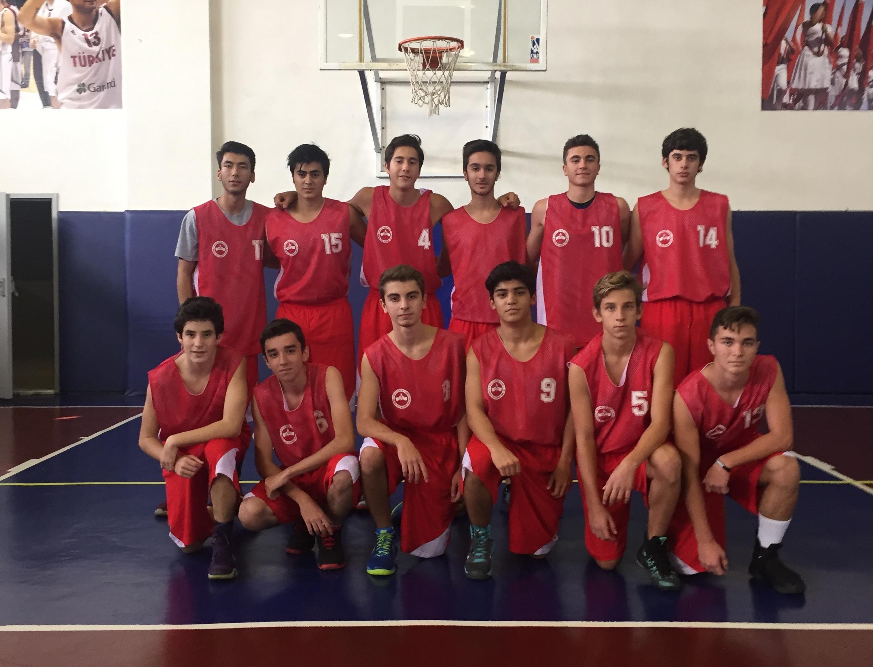 Anadolu Lisesi Basketbol Takımımız İstanbul Şampiyonasına Hızlı Başladı