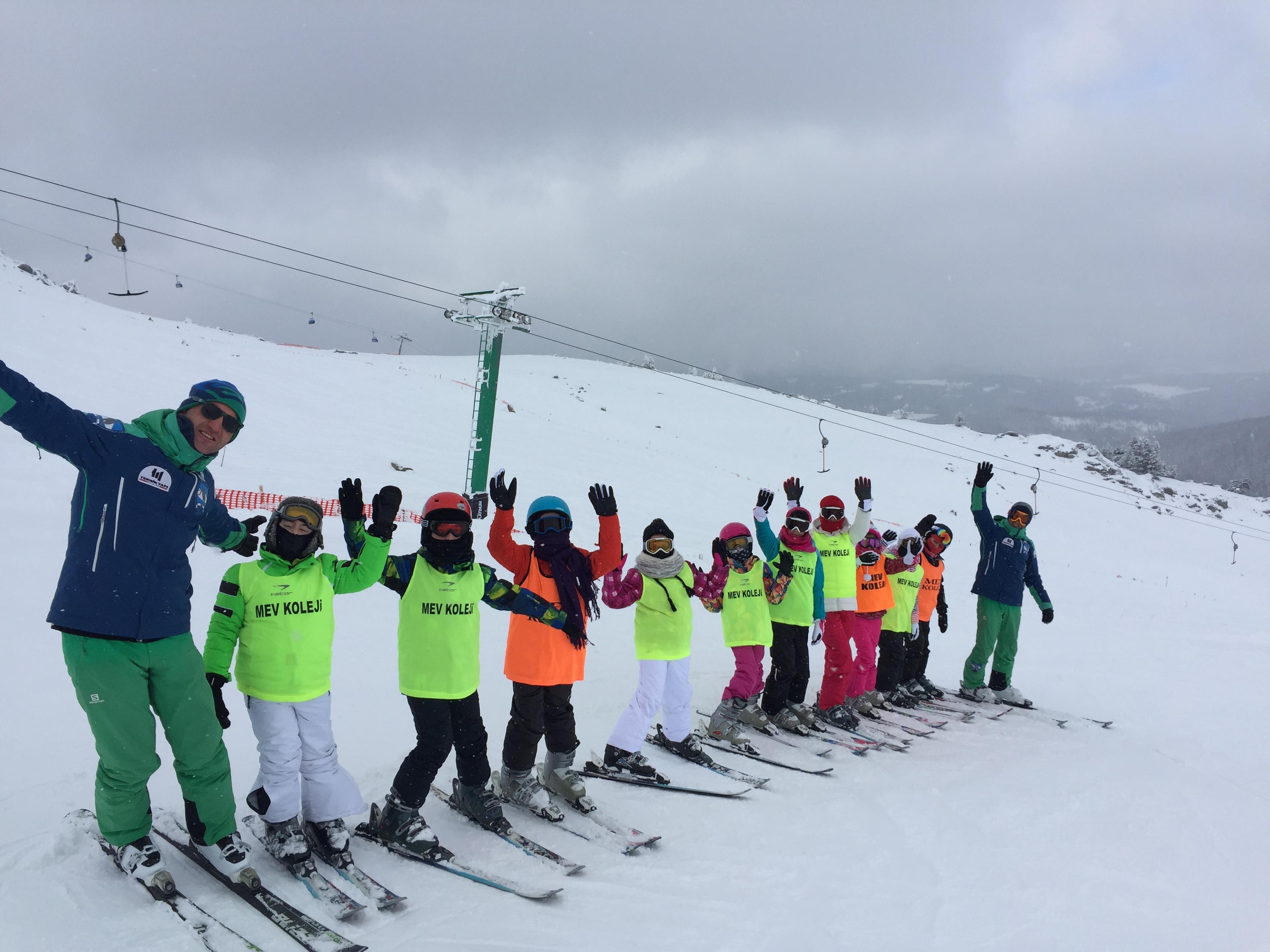 Öğrencilerimiz Kartalkaya Kayak Eğitim Kampındaydı
