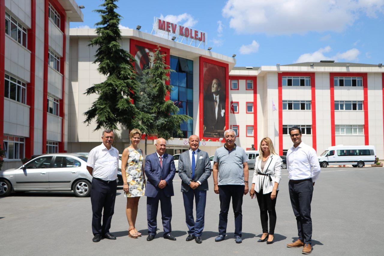 Milli Eğitim Vakfı Merkez Yönetim Kurulu Başkan Yardımcılarımız Okulumuzu Ziyaret Etti