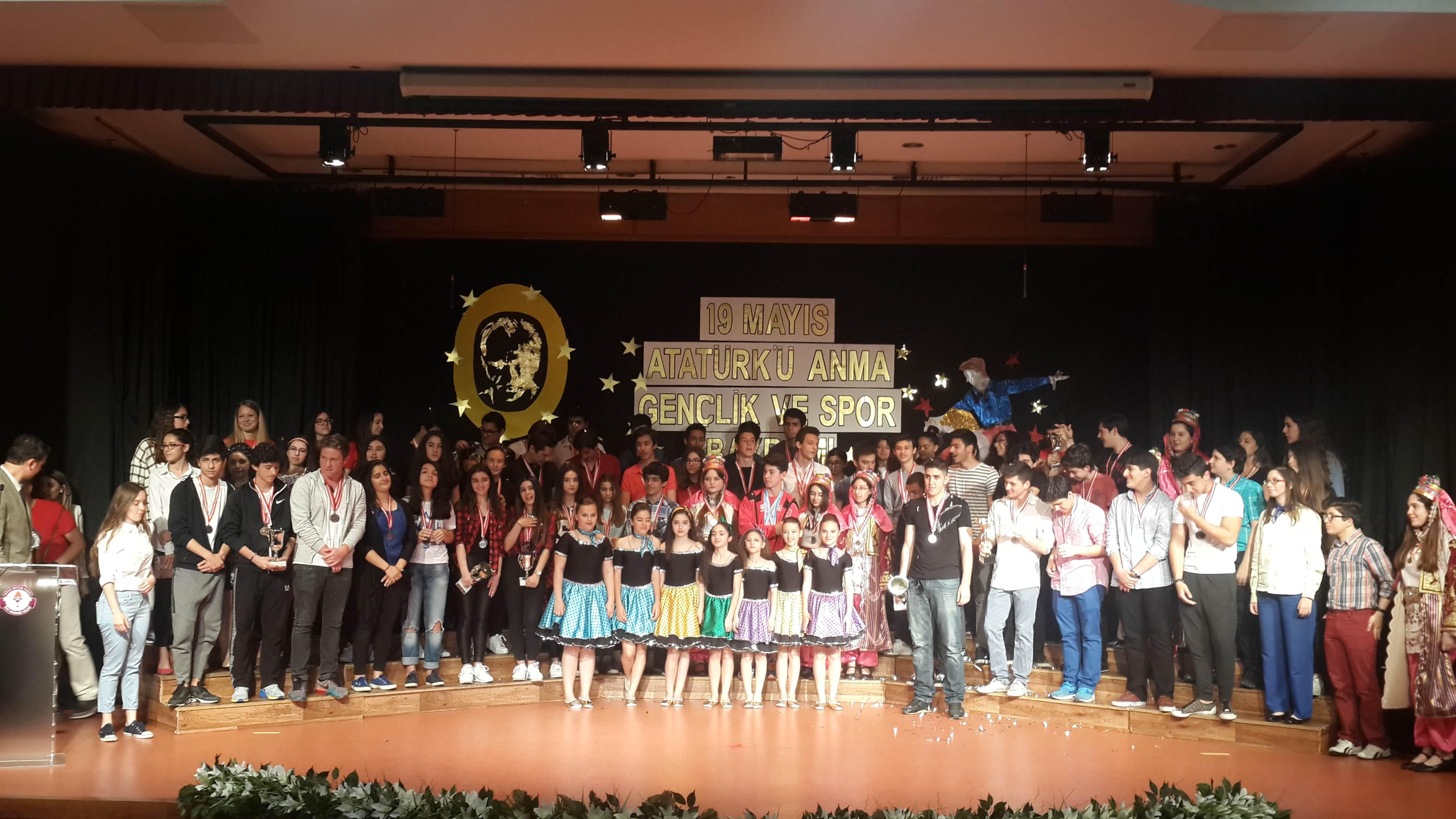 19 Mayıs Atatürk'ü Anma Gençlik ve Spor Bayramımızı Coşkuyla Kutladık