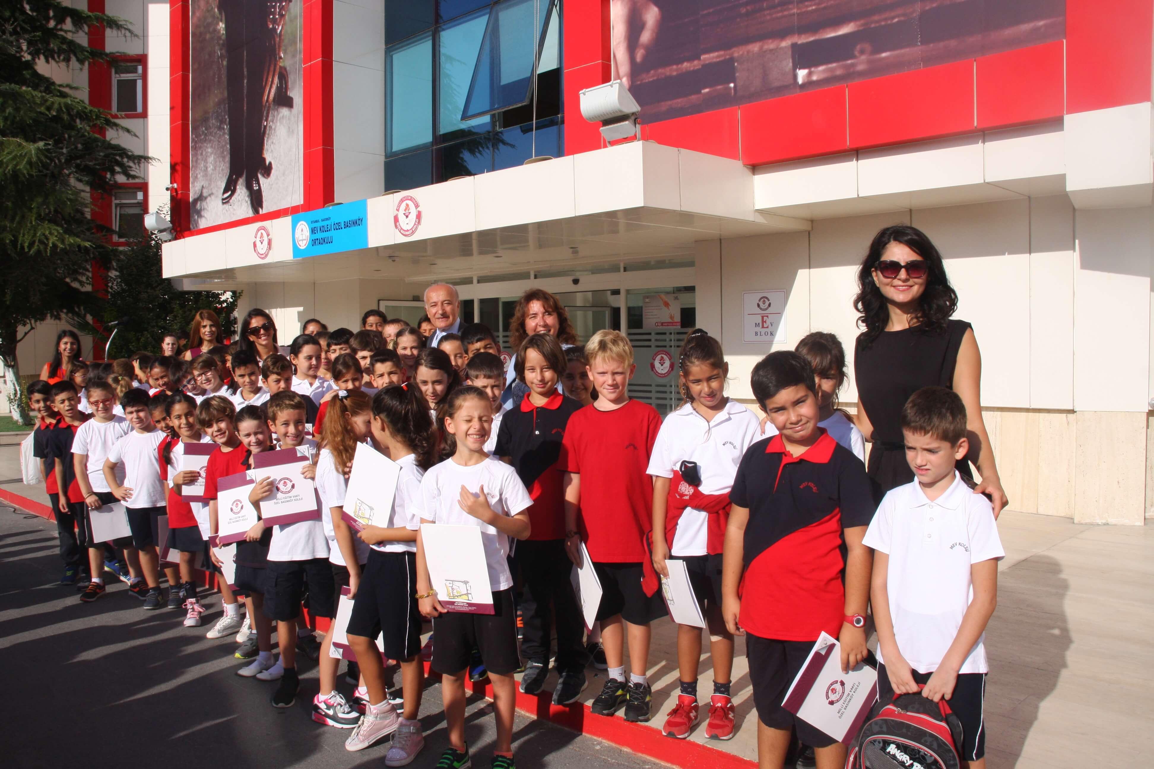 4. Sınıf Öğrencilerimiz İlköğretim Haftasını Kutladı