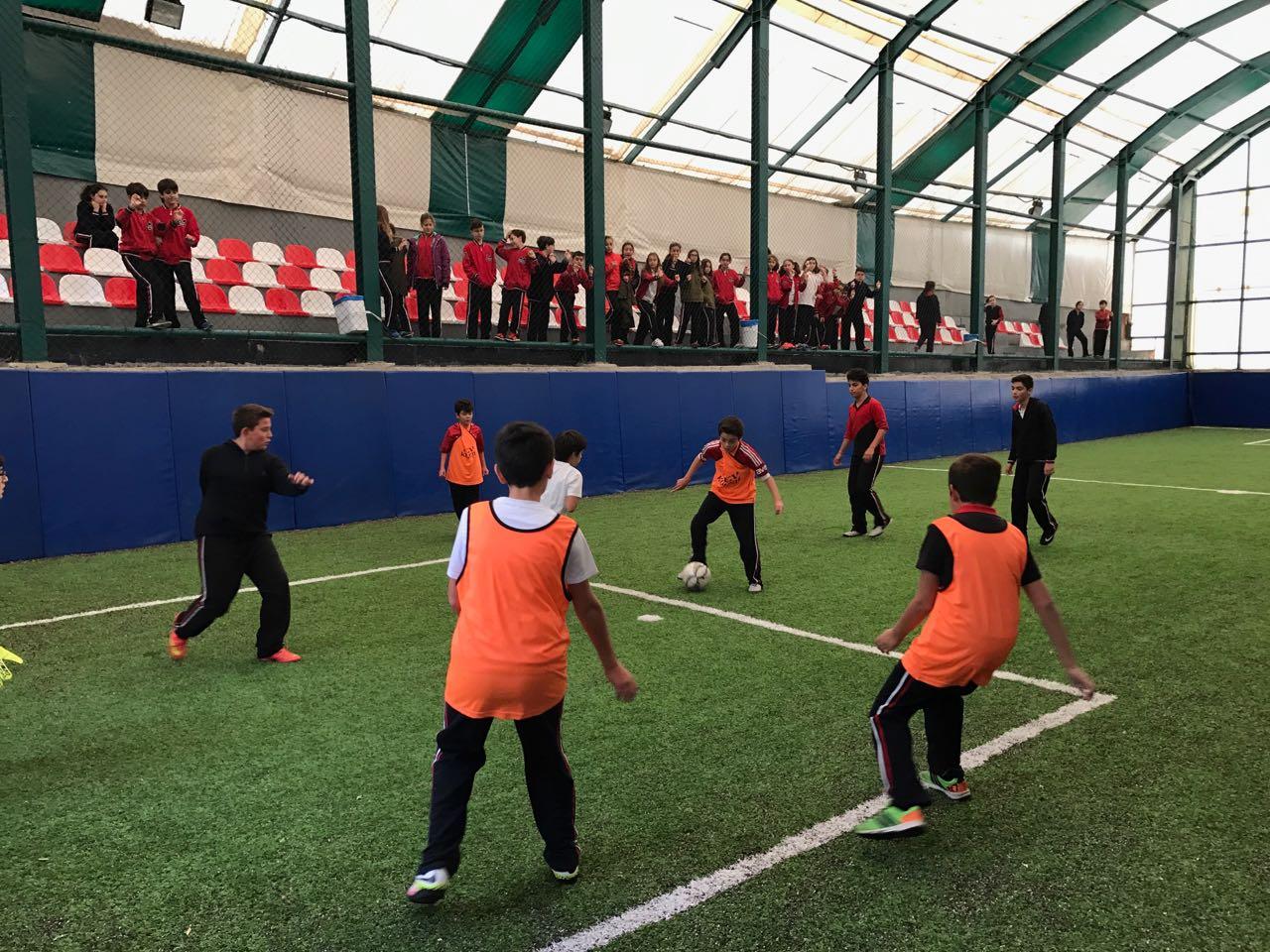 5. ve 6. Sınıflar Arası Futbol Şampiyonası Bugün Oynanan Maçlarla Başladı