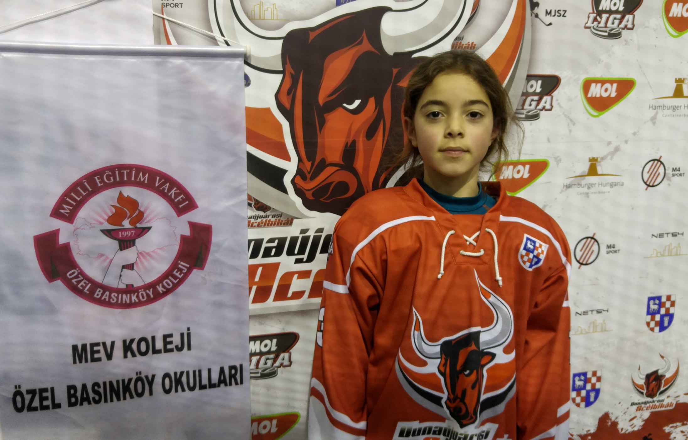 """Öğrencimiz Tan Nisan Göksal Santa Claus Cup Turnuvası'nda Bu Yıl da """"Maçın En İyi Oyuncusu"""" Seçildi"""
