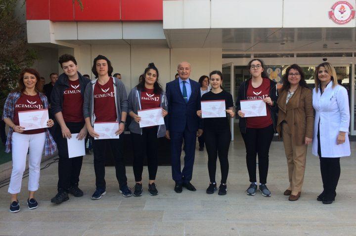 Anadolu Lisesi Öğrencilerimizin RCIMUN 2017 Sertifikaları Törenle Verildi