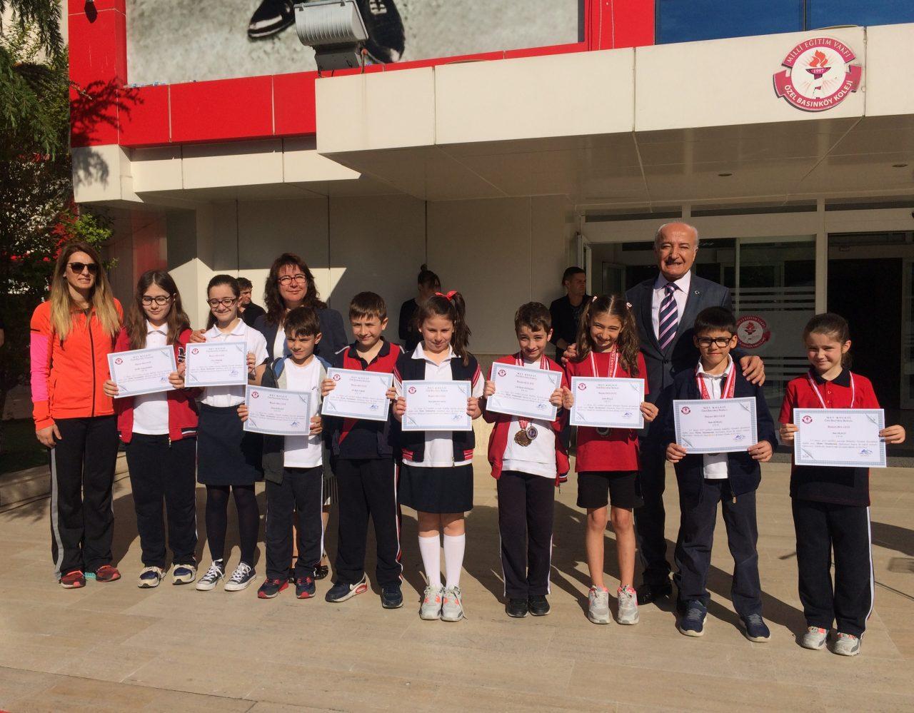 Bakırköy Okullar Arası Yüzme Yarışmasında Güzel Dereceler Elde Ettik