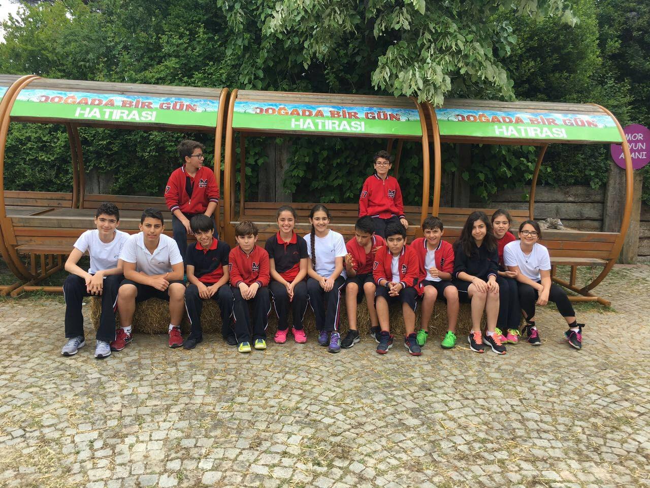 Ortaokul Öğrencilerimiz Mihrabat Korusu Gezisi'nde