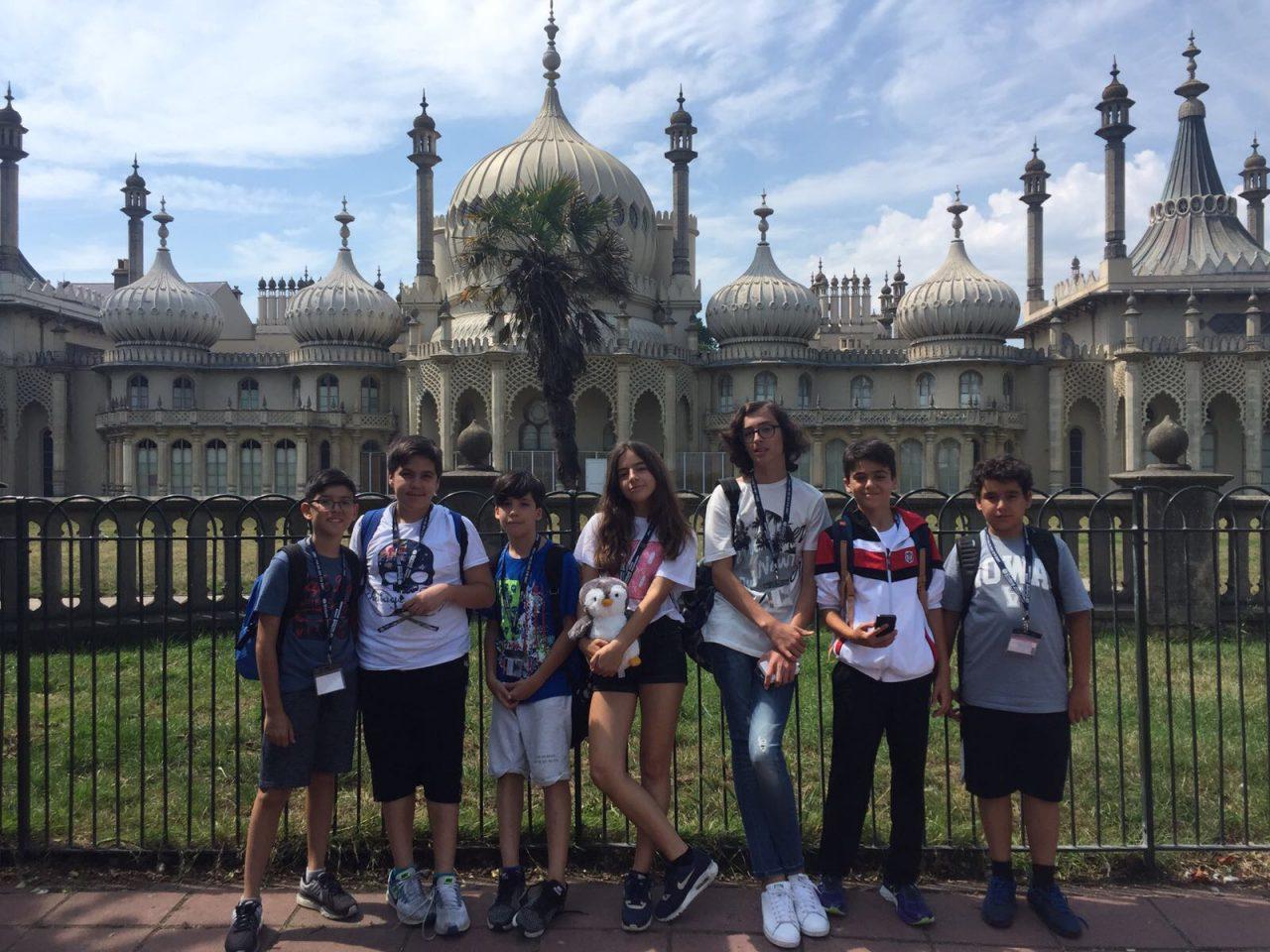 Ortaokul Öğrencilerimiz Derse Kısa Bir Mola Verip İngiltere'yi Keşfe Çıktılar