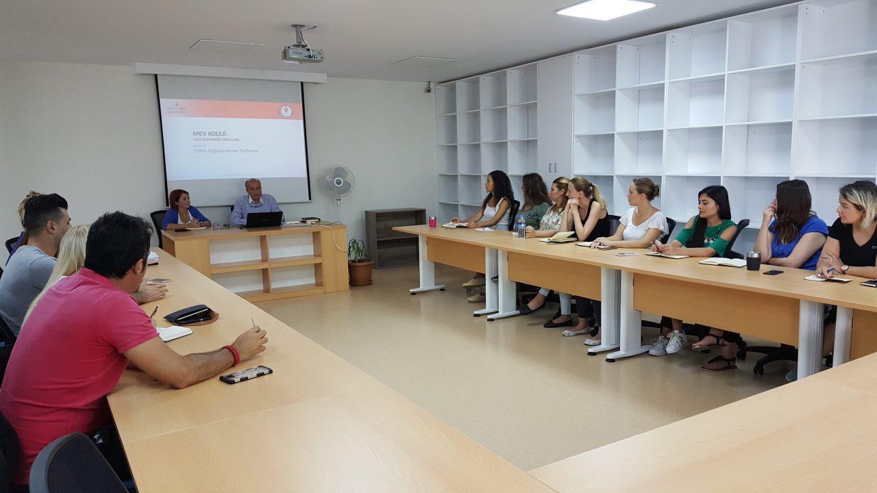 Yabancı Dil Bölümümüz 2017-2018 Eğitim Öğretim Yılı Planlamalarını Değerlendirdiler